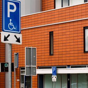 parkeerplaatsen voor minder validen